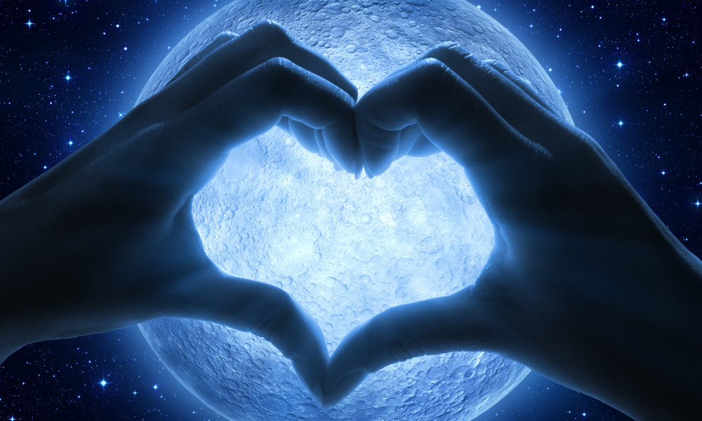 Full Moon in Sagittarius – Embodying Your Simplest Gifts